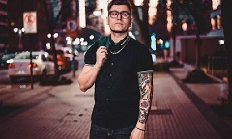 """Carlos Azócar estrena nuevo single: """"Dentro de mí"""""""